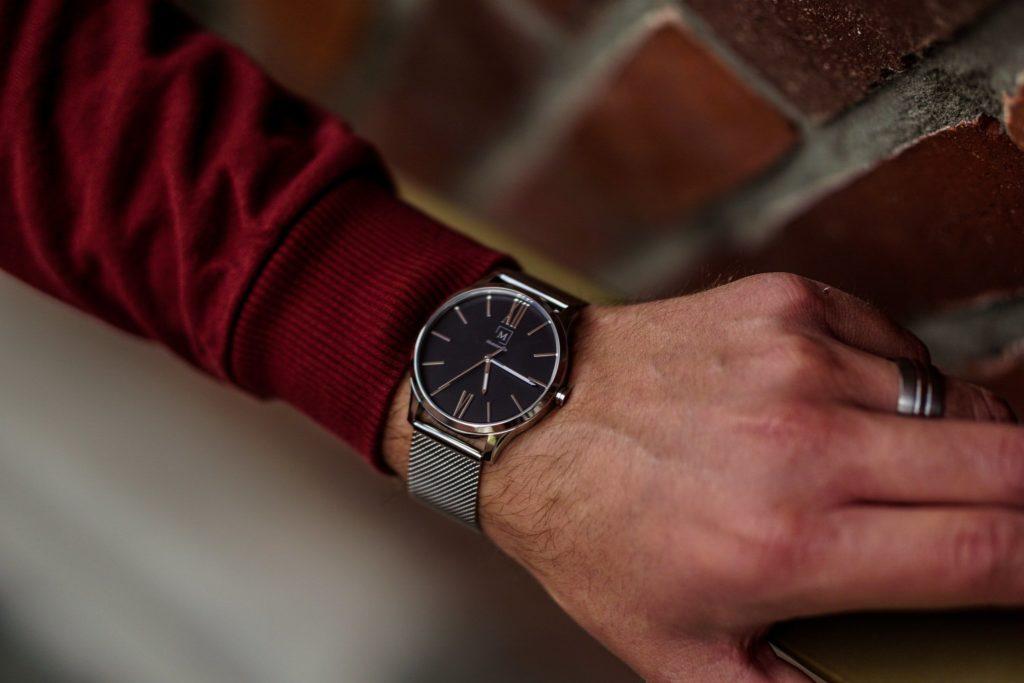 a stylisch watch on a man's wrist